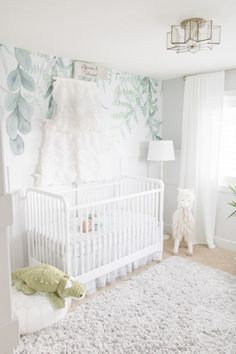 Rainforest Wallpaper Mural Peel and Stick Wall Mural Leaves Wall Decal Leaf Wall Covering Green Decor Nature Decor Jungle Theme Nursery, Nursery Themes, Nursery Room, Girl Nursery, Nursery Decor, Nature Themed Nursery, Nursery Ideas, Baby Room, White Nursery