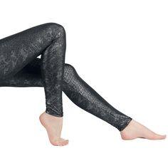 Kiiltäbä pinta ja käärmeennahkakuviointi tekevät näistä legginseistä todella kuuman näköiset!