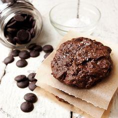 Salted Chocolate Brownie Cookies by seasonsandsuppers.ca: Thanks to @Elizabeth Silbermann! #Cookies #Brownies #Salted_Chocolate