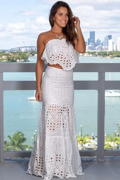 Buy this pretty White Embroidered Skirt Set from Saved by the Dress Online Boutique! This embroidered two piece set is a must have! So beautiful! Dress Skirt, Dress Up, Skirt Set, Cute Boutiques, Online Boutiques, Beautiful Dress Designs, Casual Dresses, Short Dresses, White Lace Skirt