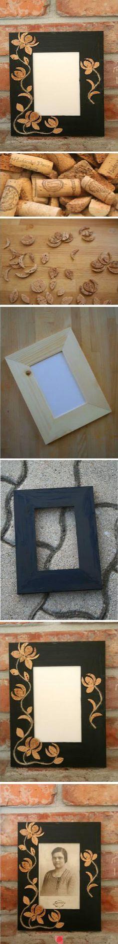 DIY cork photo frame