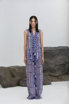 Explore the looks, models, and beauty from the Rhie Spring/Summer 2016 Ready-To-Wear show in New York on 9 September 2015 Fashion Week 2015, Spring Fashion, Runway Fashion, Fashion Show, Nyc Fashion, Striped Maxi Dresses, Women's Dresses, Spring Summer 2016, Fashion Prints