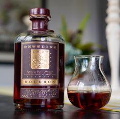 Good Whiskey, Cigars And Whiskey, Scotch Whiskey, Irish Whiskey, Whiskey Bottle, Bourbon Liquor, Whisky Bar, Bourbon Drinks, Single Barrel Bourbon
