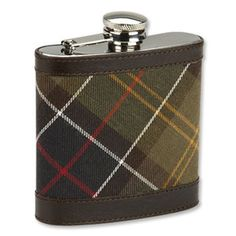 Available in Classic Tartan 6oz stainless steel, cotton Barbour Tartan Cover with leather trimsScrew fastening lid with hinged retaining armSize : 11 x 9.8cm #TAIGANHOLIDAY