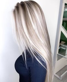 cold shaded champagne balayage hair hair color blonde The 74 Hottest Blonde Hair Looks to Copy This Summer Blonde Hair Looks, Brown Blonde Hair, Platinum Blonde Highlights, Summer Blonde Hair, Dyed Blonde Hair, Blond Hair Colors, Blonde Straight Hair, Blonde Balayage Long Hair, Long Blond Hair