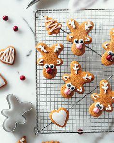 Poropiirakka | Annin Uunissa Gingerbread Cookies, Desserts, Diy, Food, Gingerbread Cupcakes, Tailgate Desserts, Deserts, Bricolage, Essen