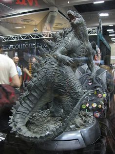 Godzilla 2014 - Sebastian ~ Godzilla 2014 Source You are in the right place about forest Illustratio Giant Monster Movies, Godzilla Wallpaper, Classic Monsters, Cult Movies, Figure Model, King Kong, Creature Design, Looks Cool, American Horror