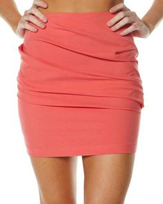 Peach mini skirt: yes please Themed Outfits, New Outfits, Cute Outfits, Fashion Outfits, Fashion Ideas, Fashion Trends, Cute Skirts, Short Skirts, Mini Skirts