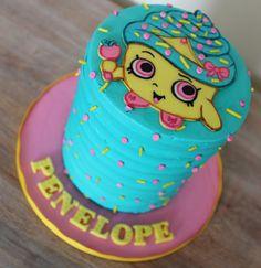 Shopkins cupcake queen cake smash cake mini cake blue buttercream lines linear texture