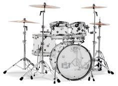 Amazing set from DW Drums! Design Series - Clear Seamless Acrylic shells