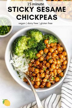 Vegetarian Recipes Discover Easy Sesame Chickpeas This is the best easy chickpea recipe around! These sesame chickpeas are easy to make vegan gluten free and perfect for meal prep. Chickpea Recipes Easy, Tasty Vegetarian Recipes, Vegan Dinner Recipes, Veggie Recipes, Whole Food Recipes, Cooking Recipes, Yummy Vegan Meals, Red Beans And Rice Recipe Vegetarian, Best Vegan Meals