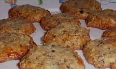 Certifiably Nuts Cookies - low carb - almond flour, 12 carbs - walnut meal, 5.1 carbs - vanilla, 0.3 carbs - egg, 0.4 carbs - Splenda - 12 carbs - 29.8 carbs for the batch ----- Using 1/2c of erythritol plus a few drops of liquid sucralose, 0 carbs - 17.8 carbs for the whole batch. You decide how many cookies and control the carb count per cookie!