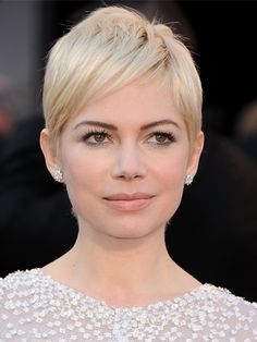 Michele Williams, short blonde hair with fringes 2011-2012 I just love her.  So beautiful.  You can always see the pain in her eyes.