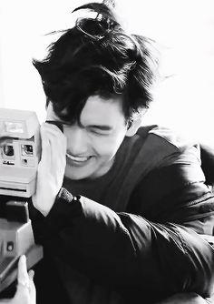 I am crying T^T whyy are you so beautifullllll? ❤️❤️❤️ #EXO #Baekhyun