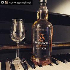 #viski101 eğitimlerimde de hep anlatıyorum ya harman viskiler senfoniyse single maltlar konçerto diye; işte sevgili arkadaşım @sumengenmehmet in paylaştığı bu harika @springbankwhisky1828 10 taö bir piyano konçertosu #yilbasiviskim paylaşımın için çok teşekkürler Mehmet slainte!