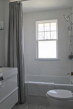 Making Rental Property Bathrooms look Upscale on a Budget - Bathrooms Forum - GardenWeb