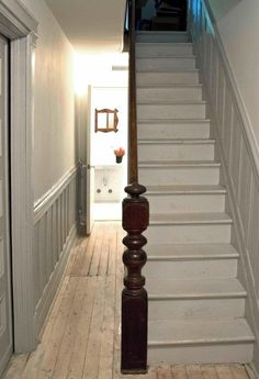 Stairs painted diy (Stairs ideas) Tags: How to Paint Stairs, Stairs painted art, painted stairs ideas, painted stairs ideas staircase makeover Stairs+painted+diy+staircase+makeover Stairs Painted White, White Stairs, Narrow Staircase, Staircase Design, Victorian Stairs, Victorian Townhouse, Stair Newel Post, Newel Posts, Painted Wainscoting