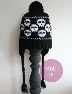 Skulls hat knitting pattern, love the ear flaps!