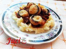Könnyű a főzés, ha van miből!: Gombapörköltben sült túrós gombafejek