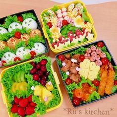 体育祭のお弁当♡ Bento And Co, Bento Box Lunch, Cute Food, Yummy Food, Baby Food Recipes, Healthy Recipes, Cute Bento, Food Decoration, Food Design