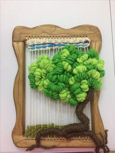 Loom Yarn, Loom Weaving, Weaving Projects, Crafty Projects, Weaving Wall Hanging, Lace Art, Art Textile, Sewing Art, Tear