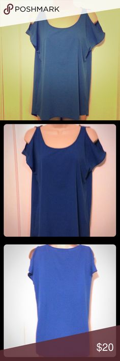 Boston Proper cold- shoulder blouse NWOT Beautiful blue cold shoulder blouse from Boston Proper. It's nwot and has never been worn. 90% Polyester, 10% Spandex. Size 4. Bundle and save or make me an offer!!💕 Boston Proper Tops