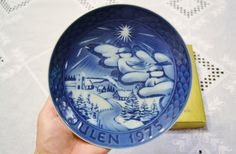 Vintage Julen 1975 Decorative Plate Blue White by PanchosPorch