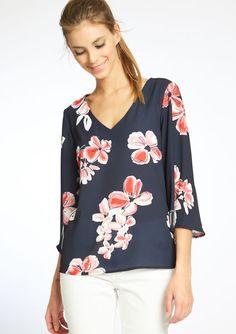 Chemisier imprimé floral manches 3/4, Floral Tops, T Shirt, Blouses, Clothing, Women, Fashion, Shirts, Floral Prints, Sewing Lessons