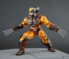 MCU Wolverine (Marvel Legends) Custom Action Figure by Jin Saotome Recipe: MU Apocalypse(upper body, lower legs) ML Sabertooth(lower body)