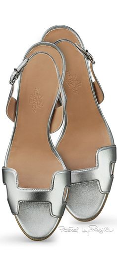 'Hermes' I love everything about Shoes. Hermes Shoes, Fab Shoes, Me Too Shoes, Silver Flat Sandals, Metallic Sandals, Flats, Shoes Sandals, Mocassins, Mode Inspiration
