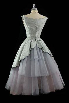Back of 1950s dress~