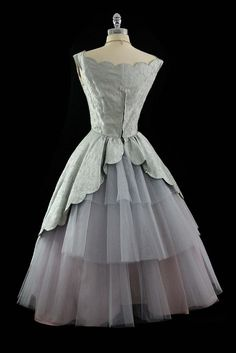 Back of 1950s dress~