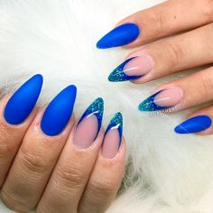 21 Hot Almond Shaped Nails Colors to Get You Inspired to Try ❤️ Blue Shades picture 2 ❤️ Do you have almond shaped nails? If not, you should try this nail shape right now. And then embellish it with one of these trendy colors https://naildesignsjournal.com/almond-shaped-nails-colors/ #nails #nailart #naildesign #almondnails