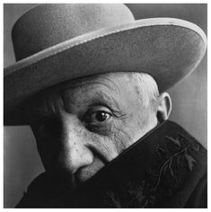 Pablo Picasso, 1957 | photo: Irving Penn