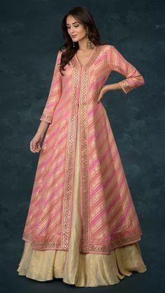 Party Wear Indian Dresses, Designer Party Wear Dresses, Indian Gowns Dresses, Kurti Designs Party Wear, Dress Indian Style, Indian Fashion Dresses, Lehenga Designs, Indian Designer Outfits, Wedding Dresses