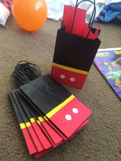 Isaiah's bday party Mickey 1st Birthdays, Mickey Mouse First Birthday, Mickey Mouse Baby Shower, Mickey Mouse Clubhouse Birthday Party, Mickey E Minie, Fiesta Mickey Mouse, Mickey Mouse Parties, Mickey Party, Pirate Party