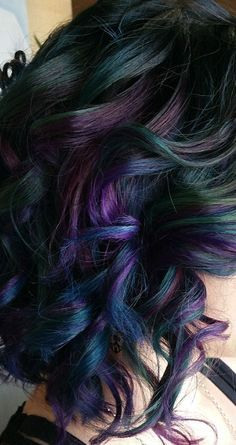 Oil slick hair for dark hair Slick Hairstyles, Pretty Hairstyles, Pixie Color, Pelo Guay, Oil Slick Hair Color, Hair Colour, Hair Today, Purple Hair, Hair Colors