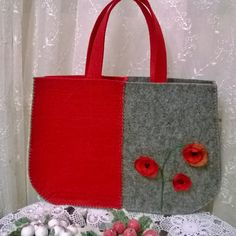 My Bags, Purses And Bags, Denim Bag, Handmade Design, Crochet Crafts, Easy Crafts, Bag Accessories, Reusable Tote Bags, Wool