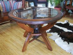 Using Wagon Wheel Coffee Table Wagon Wheel Table, Wagon Wheel Decor, Wooden Wagon Wheels, Wood Table, Dining Table, Bullock Cart, Home Renovation, Barn Wood, Metal Working