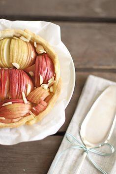 Lykkelig - mein Foodblog: Knusprig-süße Apfeltarte - Herbstsoulfood deluxe!