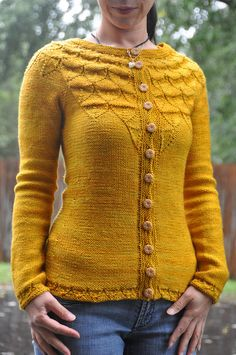 Acorn sweater: oh no.... Now I must learn to knit/ crochet? I love!