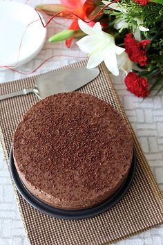 Chocolate Mascarpone Cheesecake (Eggless & No Bake) » DivineTaste