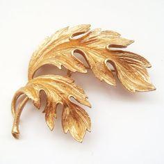 Lisner Leaf Brooch Signed Gold Tone Leaf Design by Flourisheshome