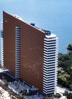 Imperial Condominium in Miami by Arquitectonica
