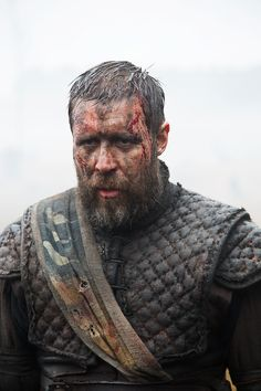 Macbeth – New images show Michael Fassbender & Paddy Considine