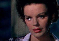 Judy Garland in Summer Stock (Charles Walters, 1950) via vintagestyledheart&missjudygarland[who said:this is not okay]