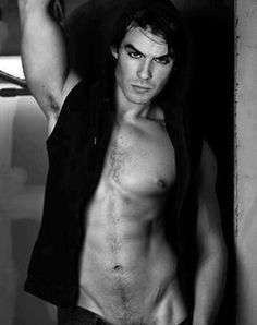 Ian Somerhalder Damon Salvatore Shirtless