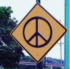 Now this really is a Peace Sign❣️Peace Loving Hippies ☮️ Paz Hippie, Hippie Vibes, Hippie Peace, Happy Hippie, Hippie Love, Hippie Art, Hippie Things, 70s Aesthetic, Aesthetic Pictures