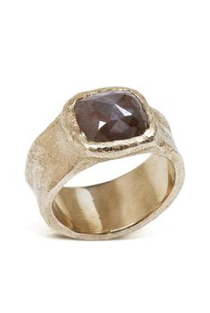 THE Top Looks in Engagement Rings Next Year--Here. With Pics, Too: BRINGING ON THE BROWN DIAMONDS