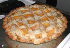 The Iowa Housewife: Peach Pie